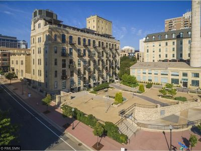 Minneapolis Condo/Townhouse For Sale: 150 Portland Avenue #103