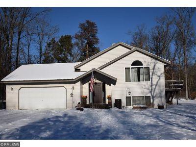 Crosslake Single Family Home For Sale: 33965 Dancing Bear Drive