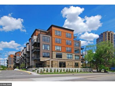 Condo/Townhouse For Sale: 3104 W Lake Street #403