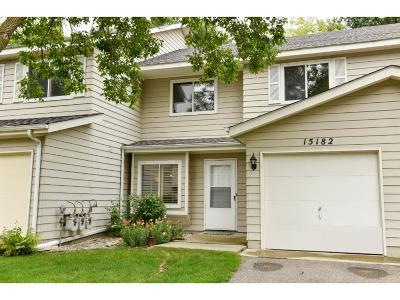 Eden Prairie Condo/Townhouse For Sale: 15182 Lesley Lane