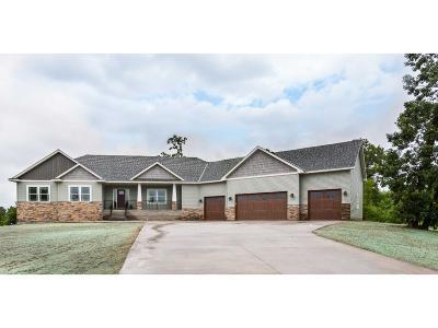 Oak Grove Single Family Home For Sale: 1533 206th Avenue