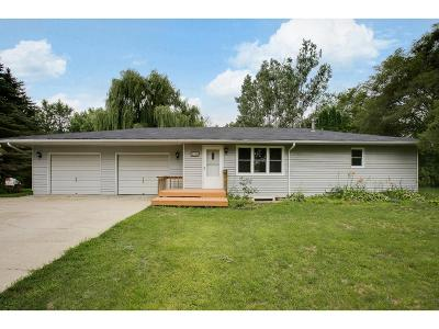 Elk River Single Family Home For Sale: 1819 Meadowvale Road NW