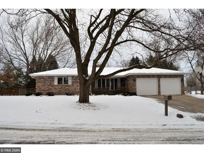 Northfield Single Family Home For Sale: 1336 Liberty Court