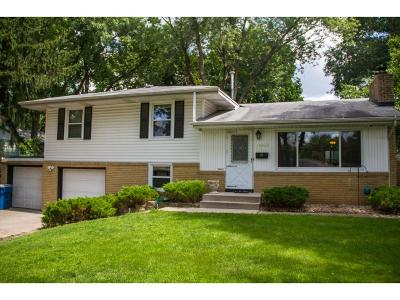 Bloomington Single Family Home For Sale: 10909 Morris Avenue S