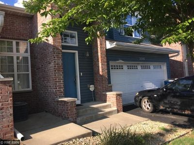 Anoka Condo/Townhouse Contingent: 2505 11th Avenue