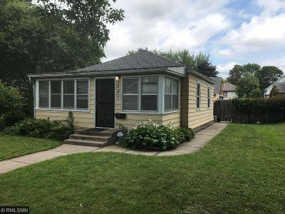 Minneapolis Single Family Home For Sale: 3830 Vincent Avenue N