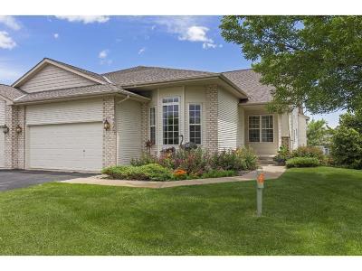 Eden Prairie Condo/Townhouse For Sale: 9539 Dell Road