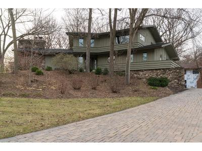 Edina Single Family Home For Sale: 6200 Loch Moor Drive