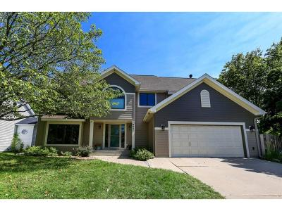 Eden Prairie Single Family Home For Sale: 9991 Dunberry Circle