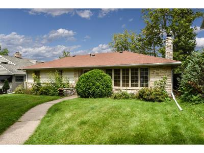 Saint Paul Single Family Home For Sale: 1615 Hillcrest Avenue