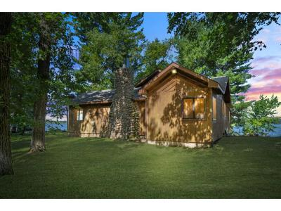 Brainerd Single Family Home For Sale: 8749 Paradise Beach Road