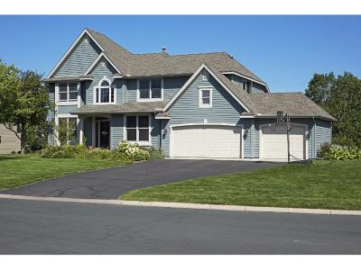 Hennepin County Single Family Home For Sale: 820 Foxberry Farms Road