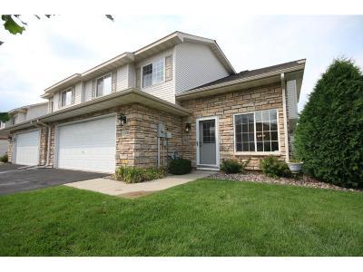 Farmington Condo/Townhouse For Sale: 17168 Eastwood Avenue #153