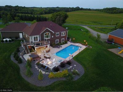 Buffalo Single Family Home For Sale: 6733 27th Street SE