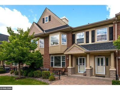 Eden Prairie Condo/Townhouse For Sale: 8415 Townsend Drive