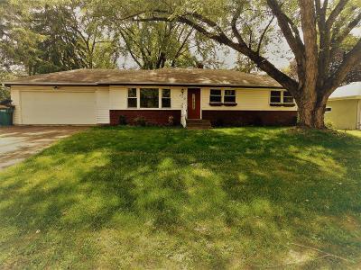 Single Family Home For Sale: 200 Demar Avenue