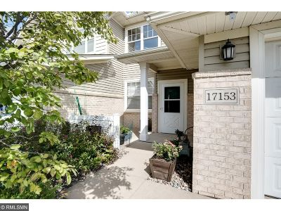 Lakeville Condo/Townhouse For Sale: 17153 Encina Path #1102