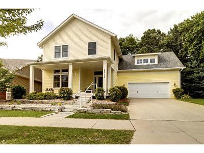Northfield Single Family Home For Sale: 2628 Oak Lawn Drive