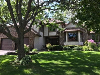 Plymouth Single Family Home For Sale: 5565 Ximines Lane N