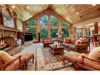 Bloomington Single Family Home For Sale: 8748 Walton Oaks Drive