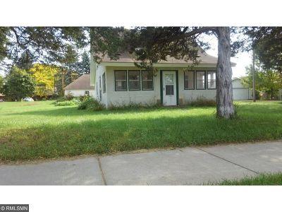 Isanti Single Family Home For Sale: 300 Dahlin Avenue NE