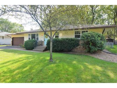 Maple Grove Single Family Home For Sale: 9994 Monticello Lane N