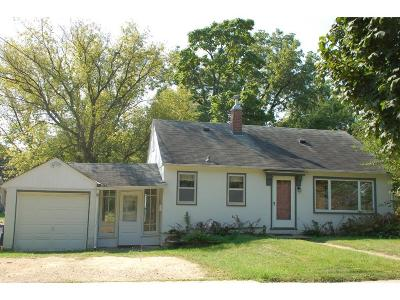Northfield Single Family Home For Sale: 904 5th Street E
