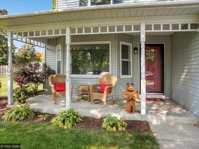 Eagan Single Family Home For Sale: 3922 Boston Circle