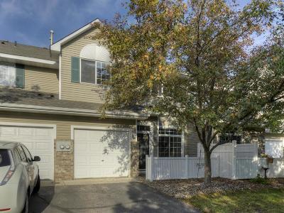 Eden Prairie Condo/Townhouse For Sale: 17950 Linwood Court