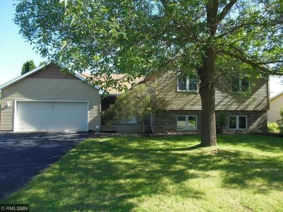 Eagan Single Family Home Contingent: 4609 Manor Drive