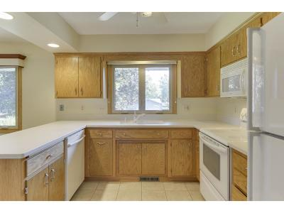 New Brighton Single Family Home For Sale: 526 Fairfield Drive NW