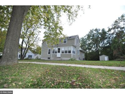 Northfield Single Family Home For Sale: 610 College Street
