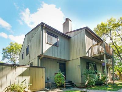 Eden Prairie Condo/Townhouse For Sale: 6320 Saint Johns Drive