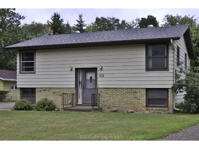 Single Family Home For Sale: 1712 Kings Way