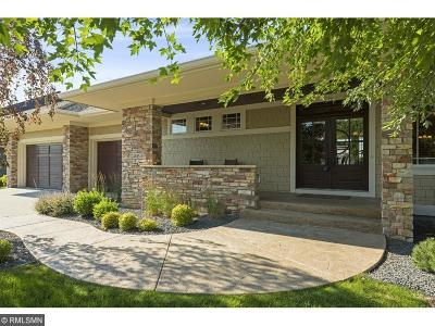 Hennepin County Single Family Home For Sale: 4455 Bluebell Trail S