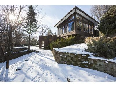 Edina Single Family Home For Sale: 6625 Mohawk Trail