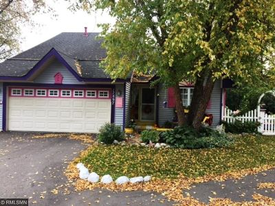 Eden Prairie Single Family Home For Sale: 17897 Lorence Way