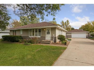 Coon Rapids Single Family Home Contingent: 10913 Woody Lane NW