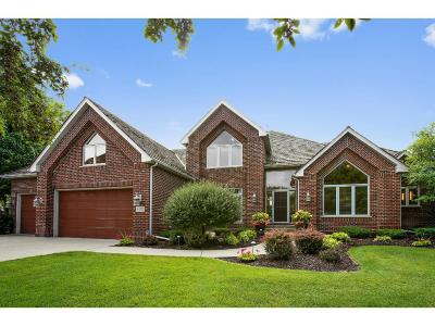 Hennepin County Single Family Home For Sale: 4270 Rosewood Lane N