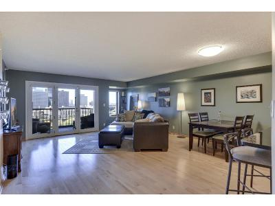 Minneapolis Condo/Townhouse For Sale: 110 Bank Street SE #1204