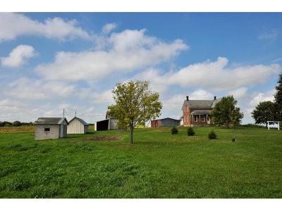 Carver County Single Family Home For Sale: 6360 Yancy Avenue