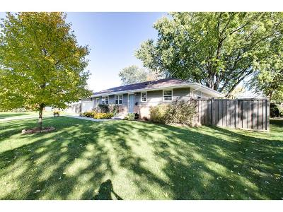 Golden Valley MN Single Family Home For Sale: $415,000