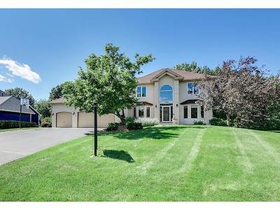 Eden Prairie Single Family Home For Sale: 7106 Bunker Court