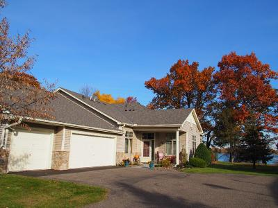 Chisago County, Isanti County, Pine County, Kanabec County Condo/Townhouse For Sale: 11060 Eagle Ridge Court
