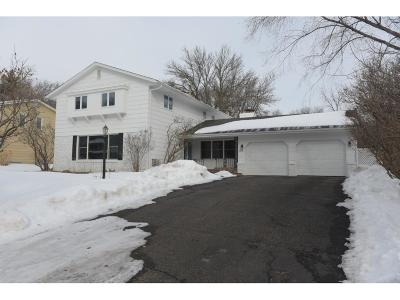 Edina MN Single Family Home For Sale: $525,000