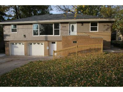 Hennepin County Single Family Home For Sale: 3016 Golden Valley Rd