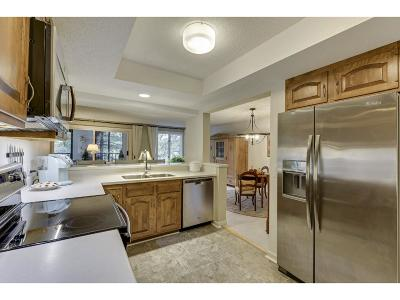 Edina Condo/Townhouse For Sale: 5501 Dewey Hill Road #222