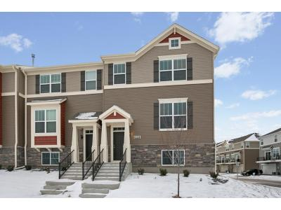 Maple Grove Condo/Townhouse For Sale: 8199 Central Park Way N