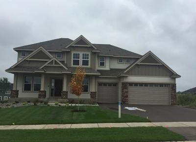 Lakeville Single Family Home For Sale: 19295 Hillcrest Avenue