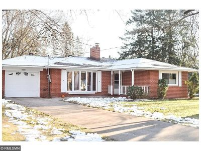 Single Family Home For Sale: 16564 Riverwood Drive